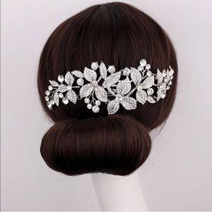 Wedding bridal hair comb